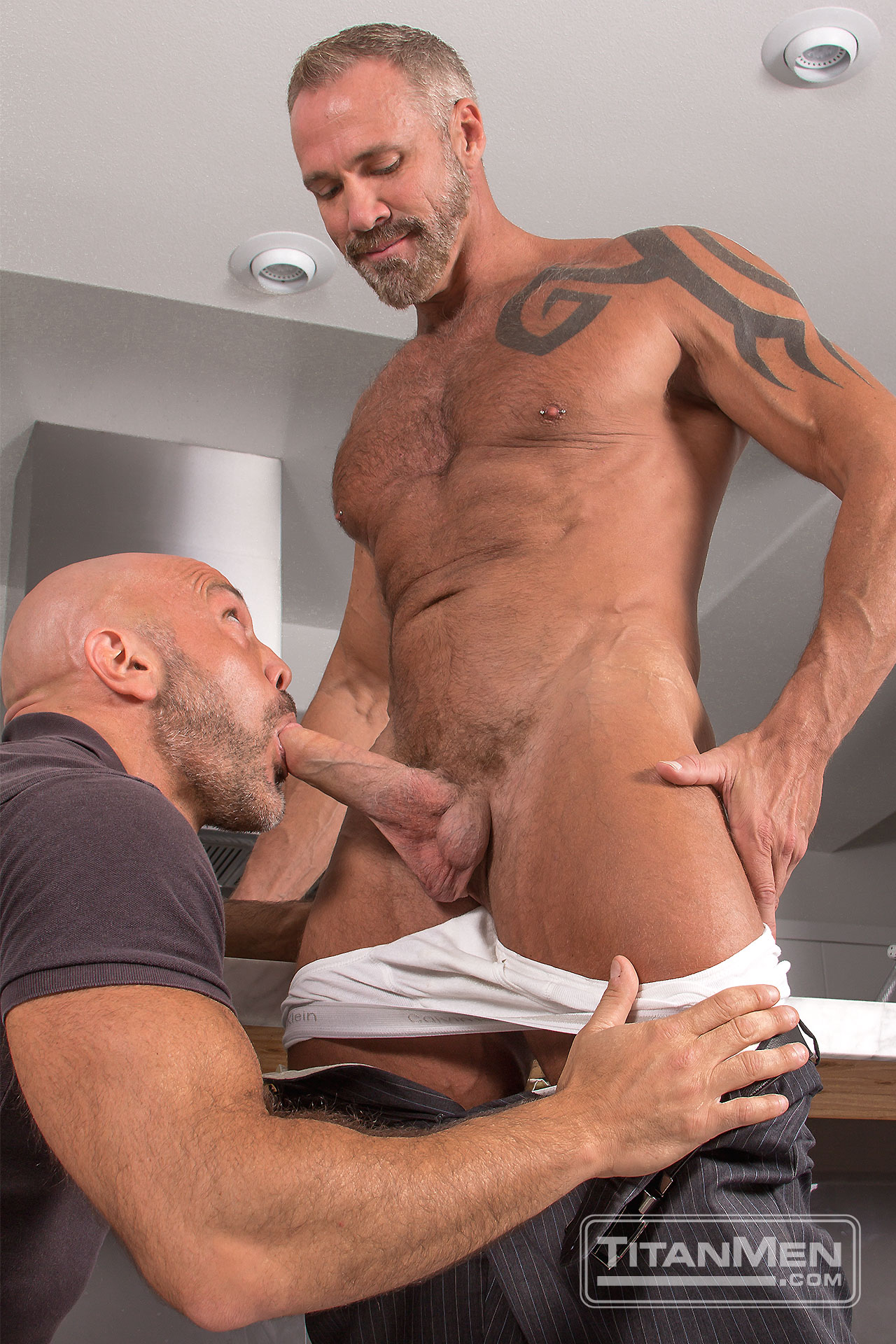 outt_action_JesseDallas_0597