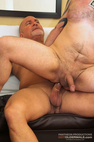 Daddy Leo Gives It To Sexy Casey Anderson