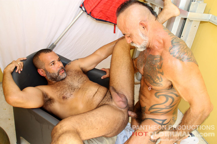 Daddy Bo Bangs Hung and Uncut Bottom Sterling Johnson